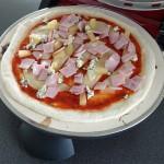 Pizza paistumassa Pizza Dragonissa