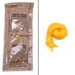 MRE juustolevitettä ja sen pakkaus