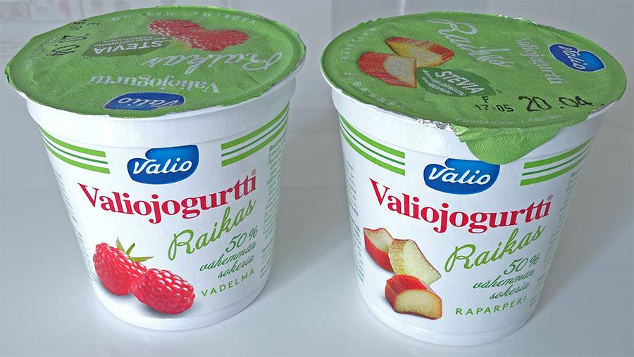 Raikas-jogurtti vadelma ja raparperi pikarit